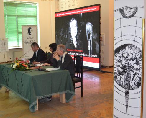 Paneli i Konferencës Shkencore i përbërë nga (nga e majta në të djathtë): Prof. Kujtim Shala, Prof. Dr. Persida Asllani, Prof. As. Dr. Mauro Geraci